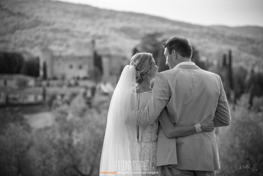 Wedding Chianti, Castello di Meleto, Marco Vegni Fotografia, Wedding Photographer based in Siena but operated in all Tuscany and all Italy. Wedding Reportage in Florence, Wedding Photojournalist in Cortona, Wedding Photographer Pienza, Wedding in Chianti, Fotografo Matrimonio Arezzo, Creative Wedding Photojournalist in Ravello. Available for Engagement in Florence and Honeymoon in Tuscany.
