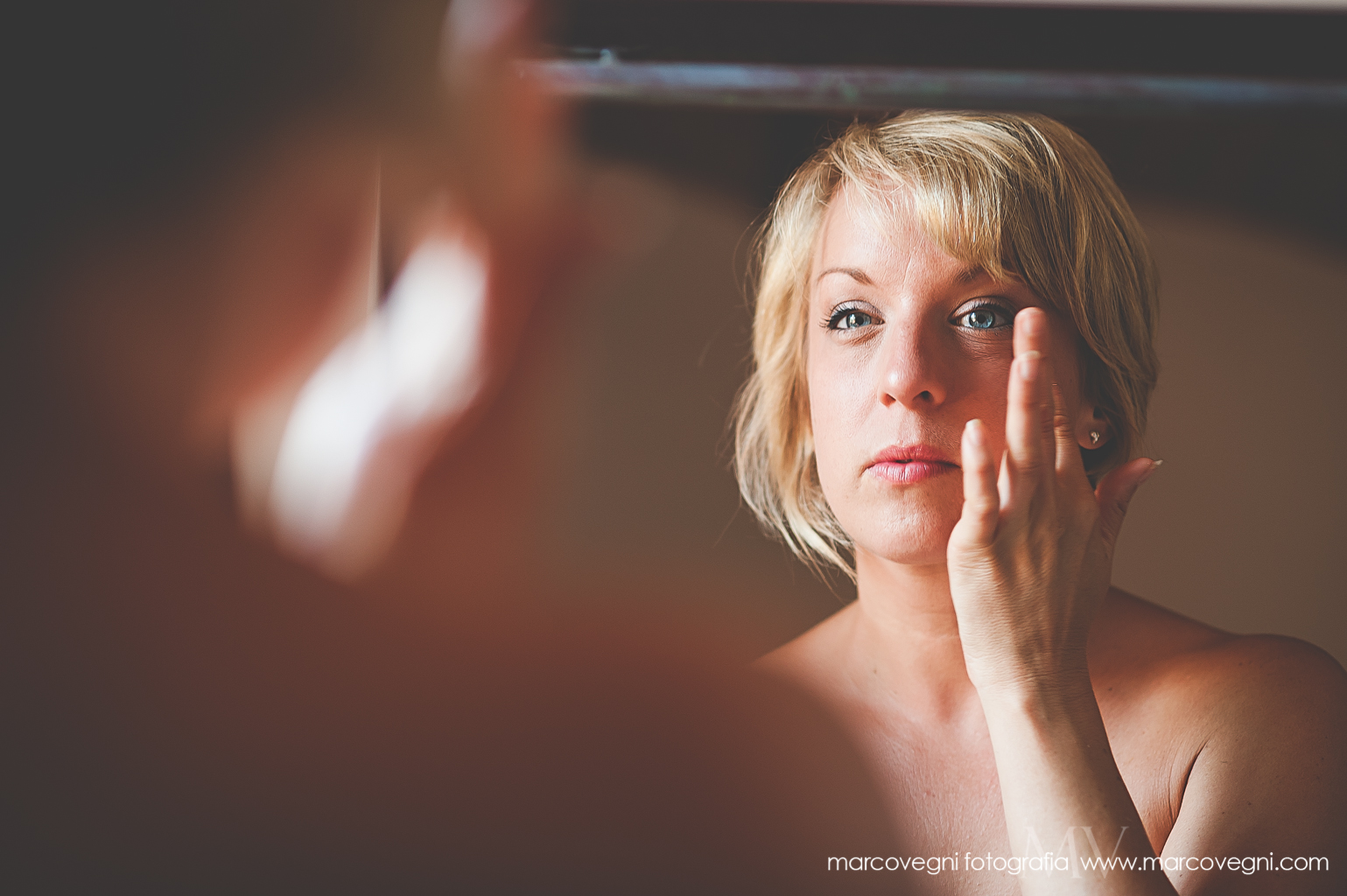 Wedding Photography in Italy | Getting Ready in Pienza
