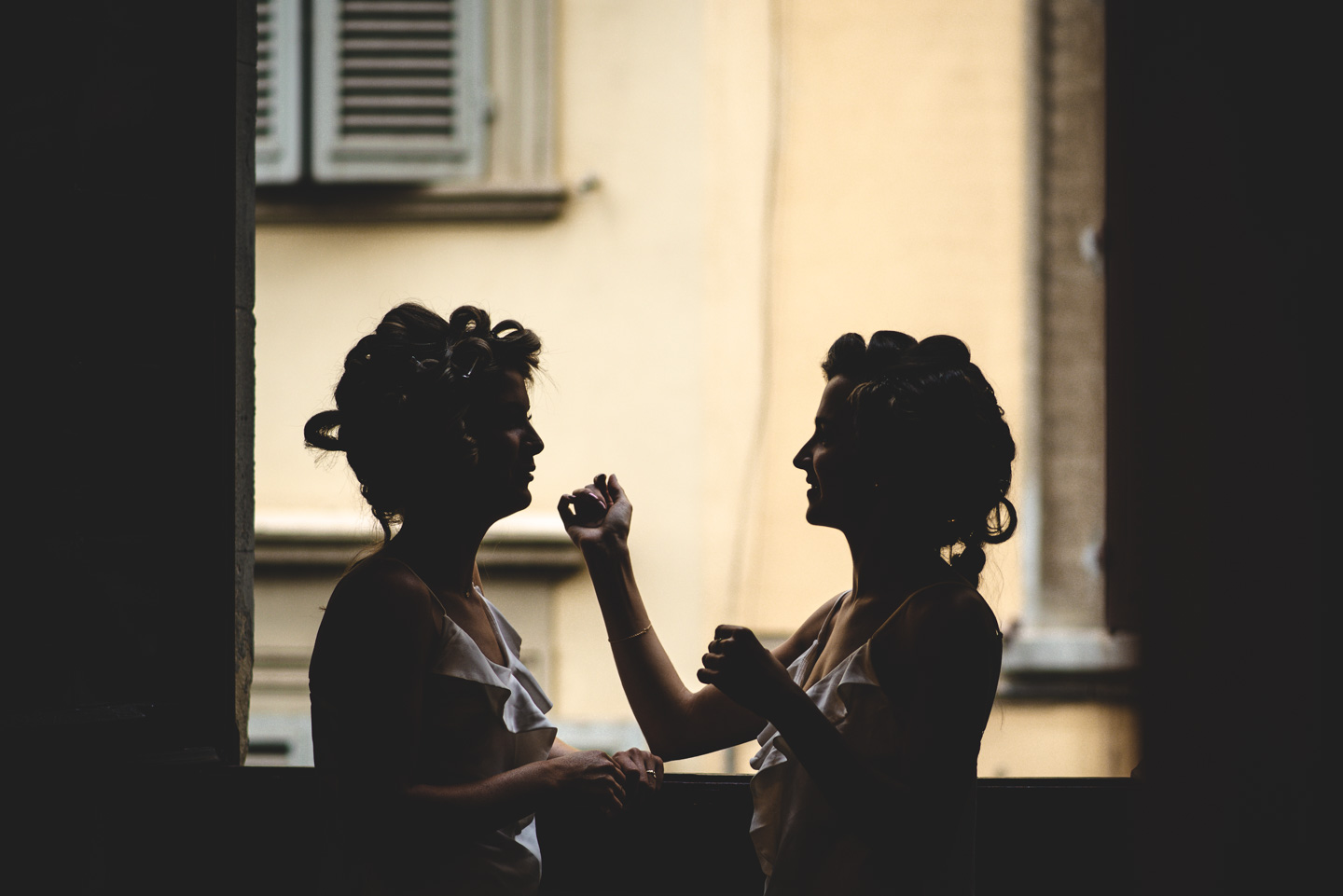 Wedding in Florence Getting Ready Marco Vegni Luxury Photographer