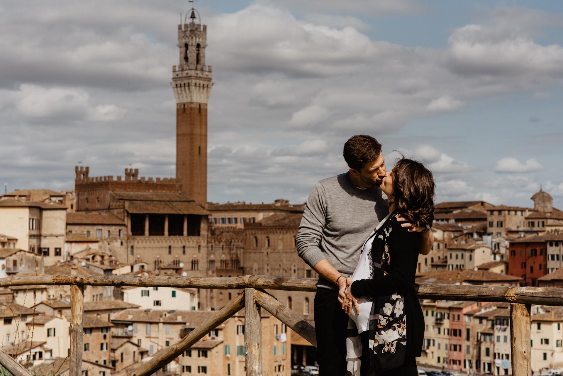 Marco Vegni Maternity Shooting in Siena