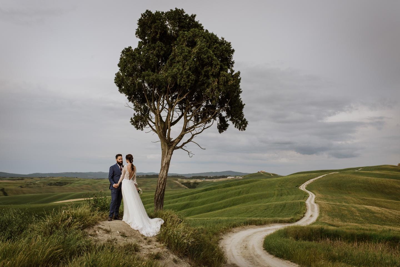 Intimate Elopement in Tuscany Siena Crete Senesi Marco Vegni Photographer