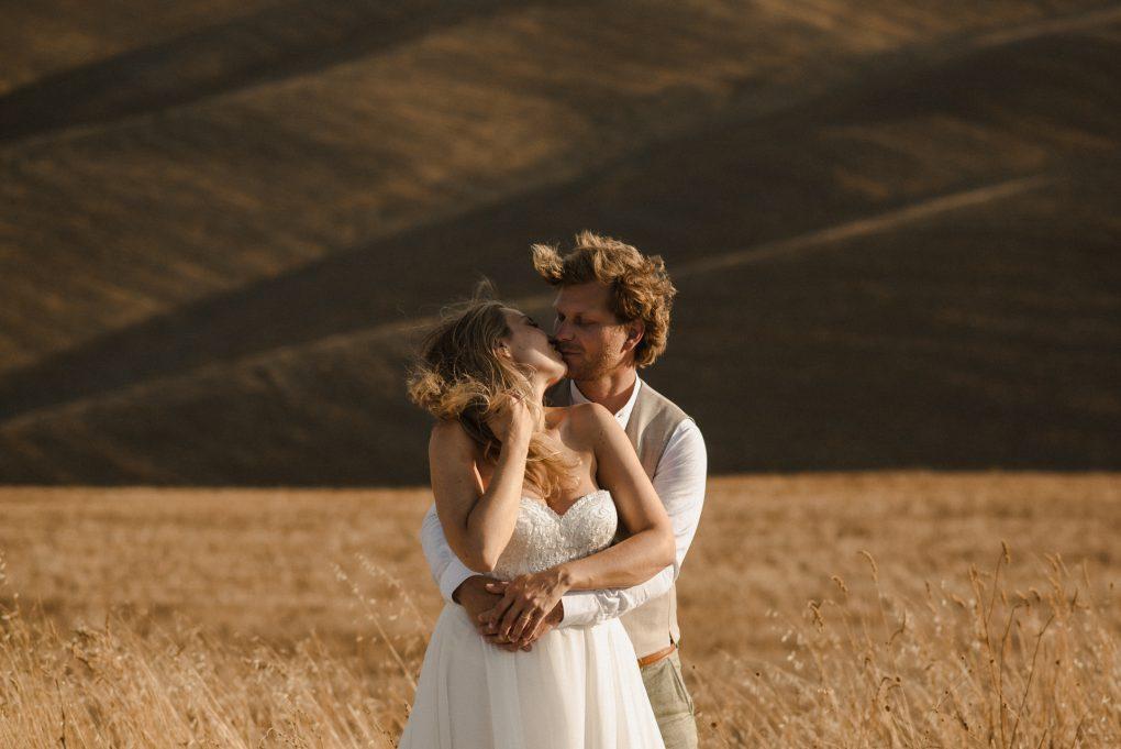 Wedding between San Galgano and Crete Senesi